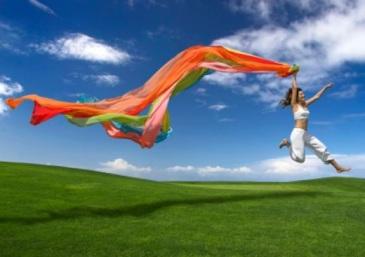 woman-jumping-positive-attitude